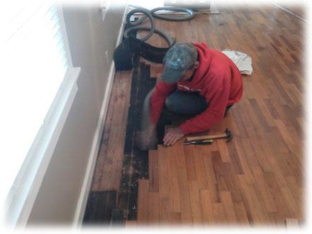 renovace podlah lze provést jen u dřevěných podlah