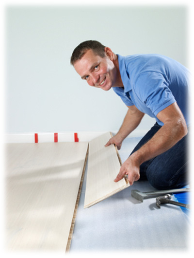 Pokládku dřevěné plovoucí podlahy svěřte podlahářům